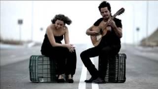 Rojas y Nina Pastori - Llorandole debajo del agua
