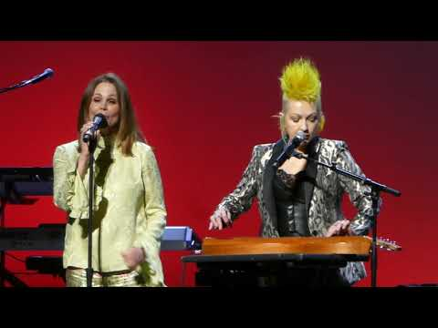 Big 95 Morning Show - Cyndi Lauper and Belinda Carlisle come 'Home for the Holidays'