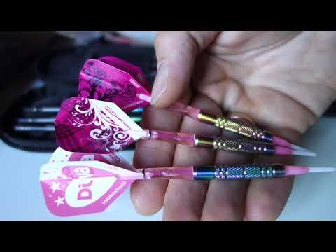 HD Macro Unboxing Rainbow darts - zwei dart sets auspacken, dartpfeile neu girly stylen und testen