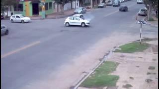 Impactantes imágenes de choque en Rivadavia y Belgrano