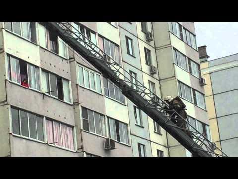 Спасение из пожара мамы и малыша 10 09 2015