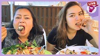 กินตำหอย จี่หอยนางรมและบาบีคิวกับยายและคามิลล่าค่ะ