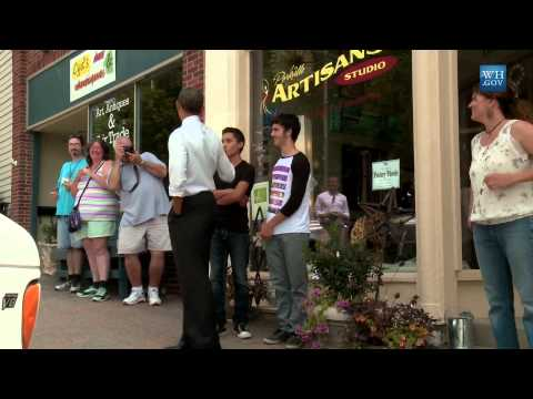 Obama Surprises Parkville, MO Shops With A Visit