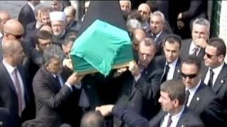 Gambar cover والدة رجب طيب أردوغان في ذمة الله