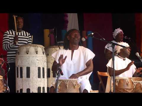 Traditionelle spirituelle Musik aus Ghana - ROOTS AMAMOMO - Afrika