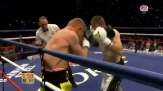 Dale Coyne aka the 'Ancoats Alvarez' moves to 7-0 with this huge shot