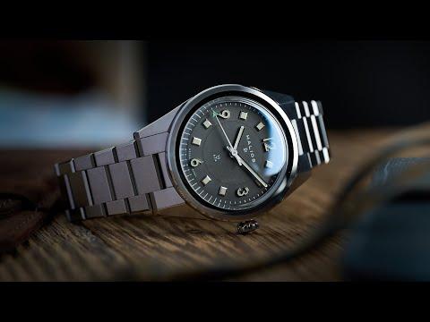 Halios Universa Video Review - Watch Clicker