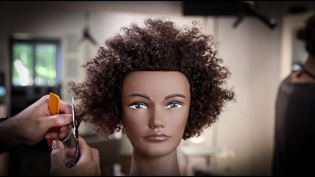 How to cut a bob on Extra Curly Textured Hair tutorial | MATT BECK VLOG 70