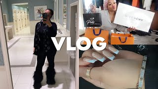 VLOG: WHAT I GOT FOR CHRISTMAS + PACKING UP + NEW FAVORITE BASICS & LIP COMBO | KIRAH OMINIQUE