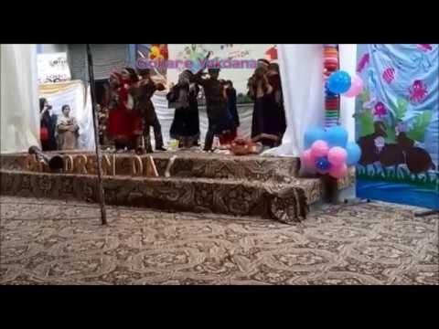 tablo-on-kashmir-by-kids-in-rawalpindi-and-lahore-imran-khan-do-something-indian-army-pakistan-army