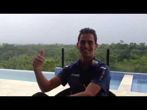 Santiago Giraldo Saludo Tennis For Colombia 2012