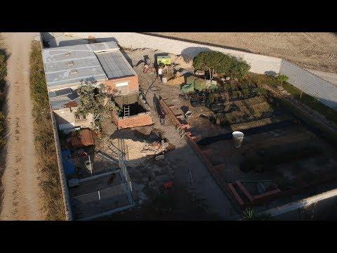 A VISTA DE DRONE - Construyendo la alberca - Día 6