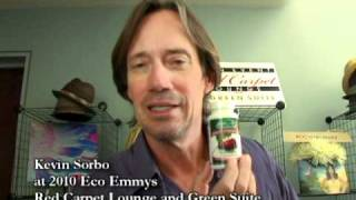 Kevin Sorbo With Fruit Advantage Joint Formula Tart Cherry - Cherry Capsules