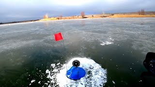 первый лёд ТАМ ТОЧНО ТРОФЕЙ рыбалка на жерлицы по первому льду 2019 2020