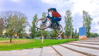 Video URBAN FREERIDE riding BARCELONA (Gavá) YT INDUSTRIES PLAY CF - Bienvenido aguado download MP3, 3GP, MP4, WEBM, AVI, FLV November 2018