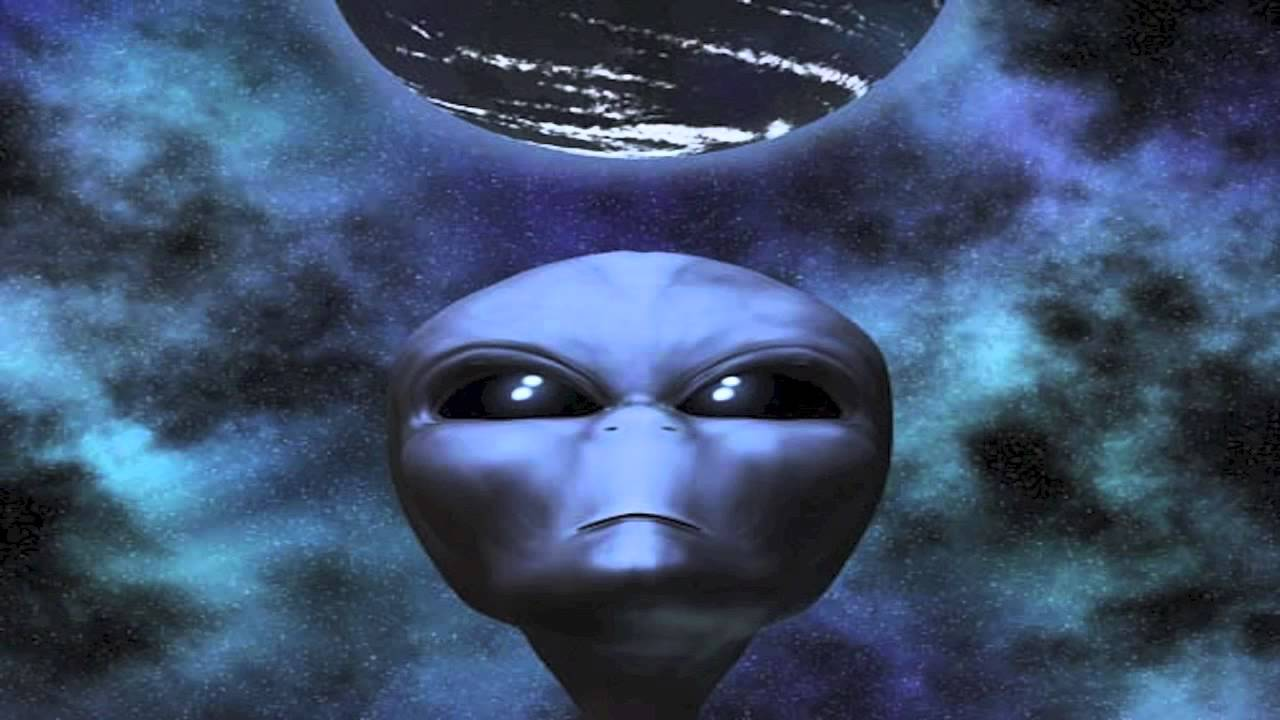 Mysterious fast radio bursts from deep space 'could be aliens'