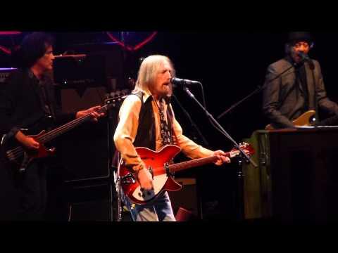 """I Won't Back Down"" Tom Petty & the Heartbreakers@Wells Fargo Center Philadelphia 9/15/14"