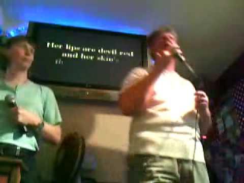Polygon Karaoke Big Dave doing the La Vida Loca