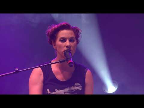 Amanda Palmer, Jack Palmer Perform 'Sing' At O+ Festival In Kingston, NY