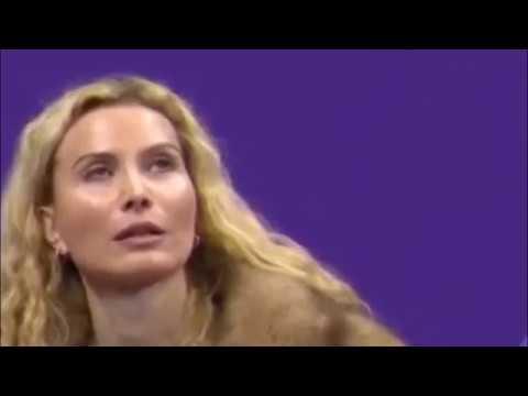 Zagitova Edges Medvedeva To Wi medvedeva