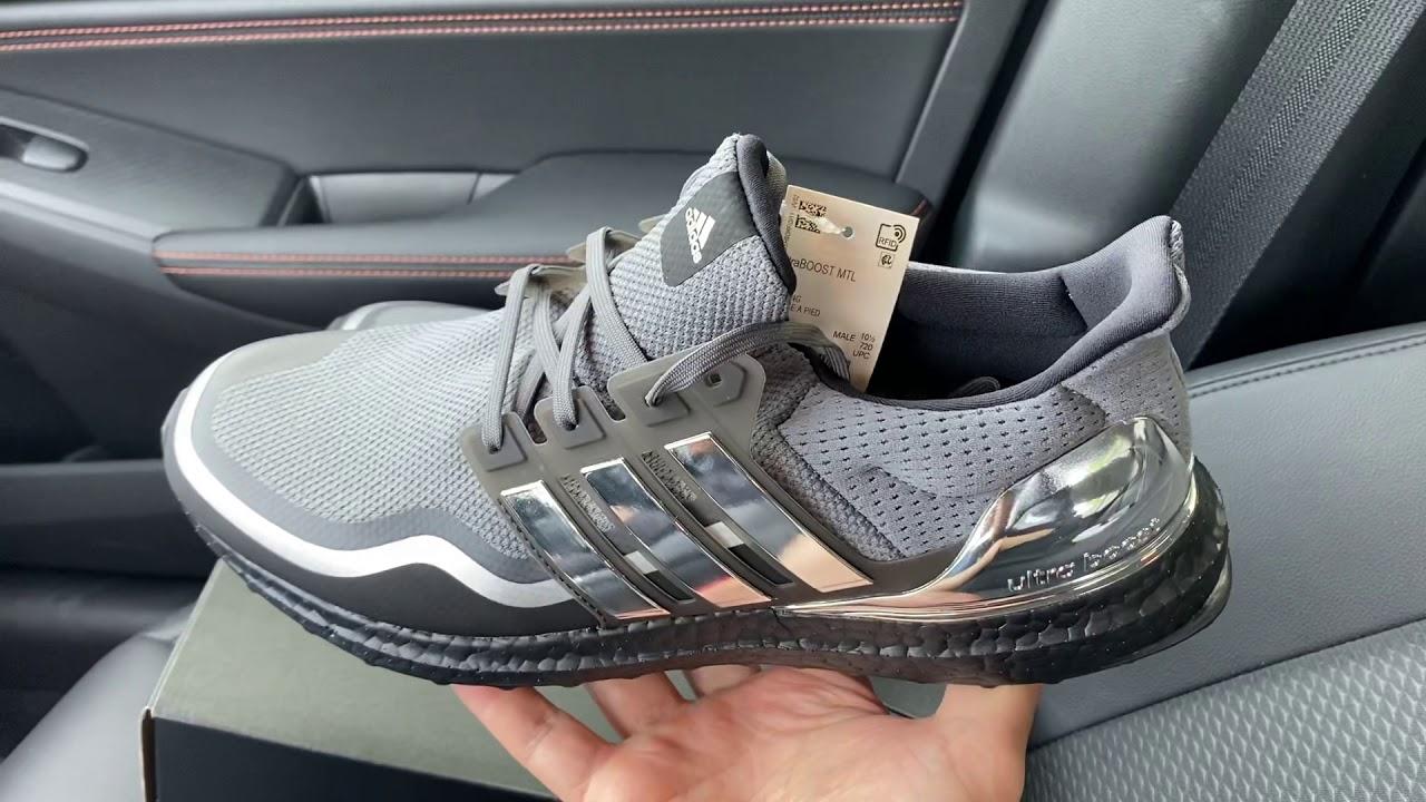 Adidas Ultra Boost Silver Metallic