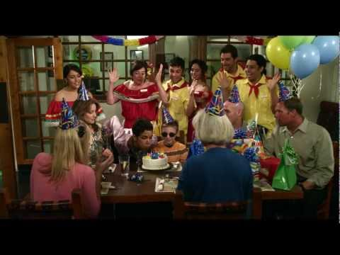 Movie 43 - Official Red Band Trailer