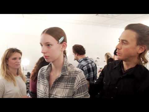 Fashion Week New York - Les mannequins du défilé Yigal Azrouël coiffés par John Masters Organics