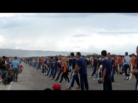 Pemecahan rekor MURI Menerbangkan 1000 pesawat OHLG - Jogja Air Show (Pesawat Aeromodelling OHLG)