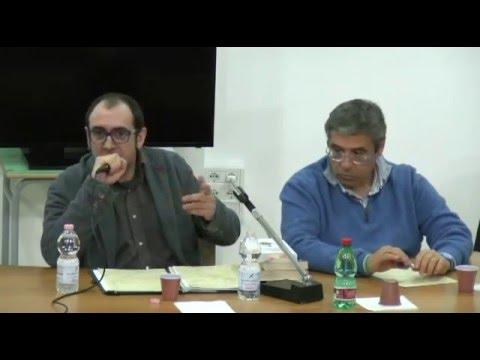 Totò Cuffaro presenta il suo libro e poi conclude: che Dio ci aiuti!