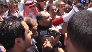 وقفة احتجاجية ضد سياسة رفع الأسعار ومحاسبة الفاسدين - (12-5-2017)