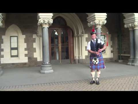 The Bagpiper...Stuart Wood...The Highland Wedding.....For Bridal Entrances