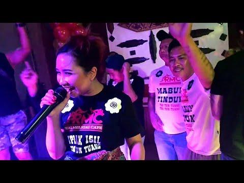 Inilah Dia Penyanyi Asal Lagu Tak Tun Tuang, Upiak Isil