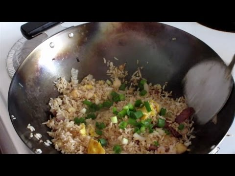 Special Chinese Fried Rice:  Fast Chinese Cooking In A Wok