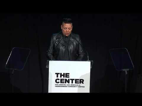 Sara Ramirez Trailblazer Award at Women's Event 20