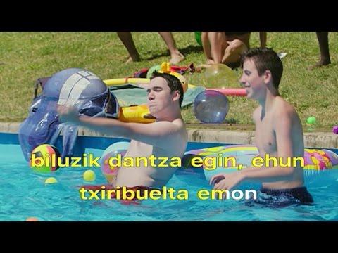 Go!azen: Gabak zerueri begira (karaokea)