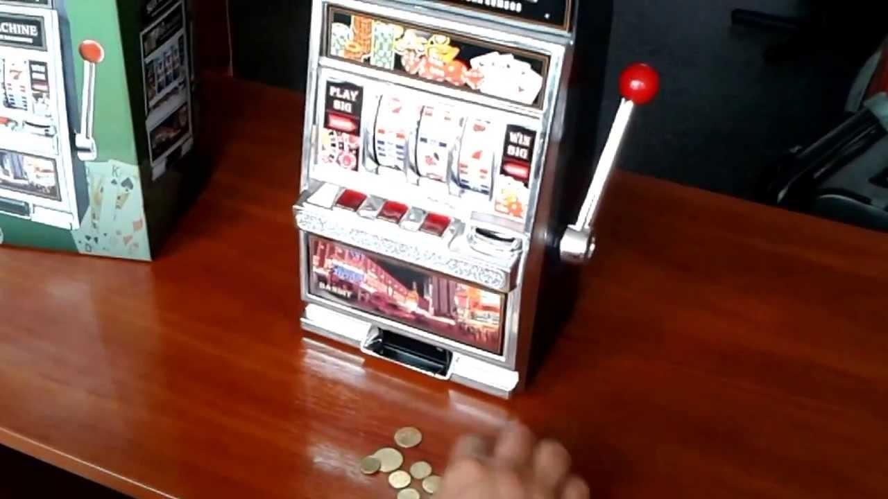 Игрушечные игровые автоматы играть бескорыстно игровые автоматы роджер