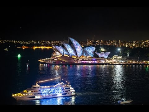Vivid Sydney Lights up the Night
