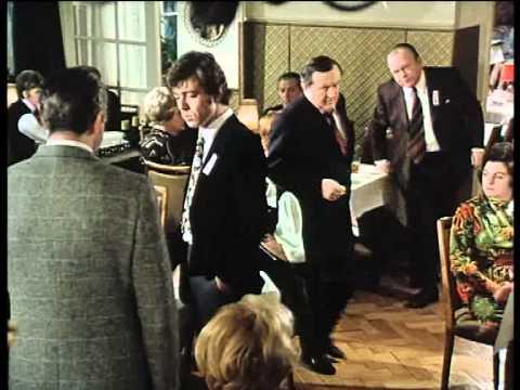 Derrick- Folge 3 -  Stiftungsfest - 01. Dezember 1974