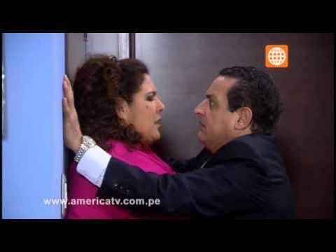 Lucifer besa a Miguel Ignacio en su oficina