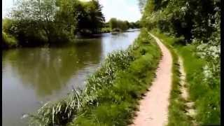 Kintbury Circular Walk, via Kennet and Avon Canal, 2-miles, 45 minutes