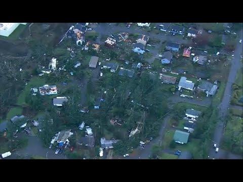 شاهد: إعصار يضرب ضواحي سياتل الأمريكية  - نشر قبل 8 دقيقة