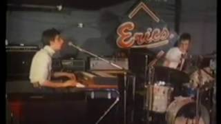 Watching The Detectives - Elvis Costello (1977)