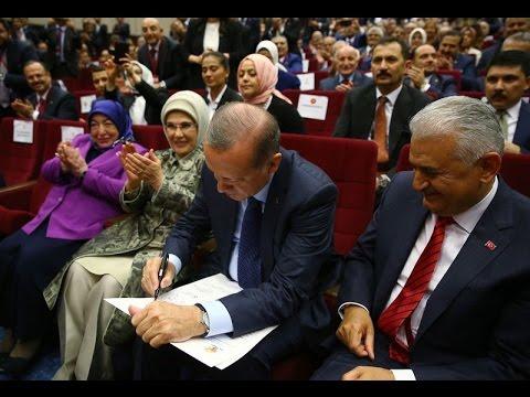 Cumhurbaşkanı Erdoğan, AK Parti'ye yeniden üye oldu