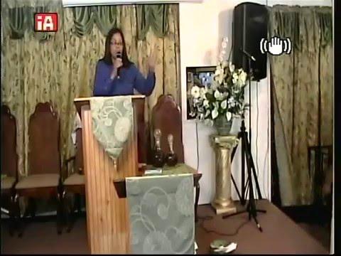 Tema: Alfarero Pastora Arlene Martell