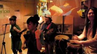"Les Stereo-Phonic Theatre"" by ""trash can sinatras"" a cover of ""Obsc..."