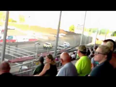 Beatrice Speedway Hobby Stock Heat Race 7/22/16