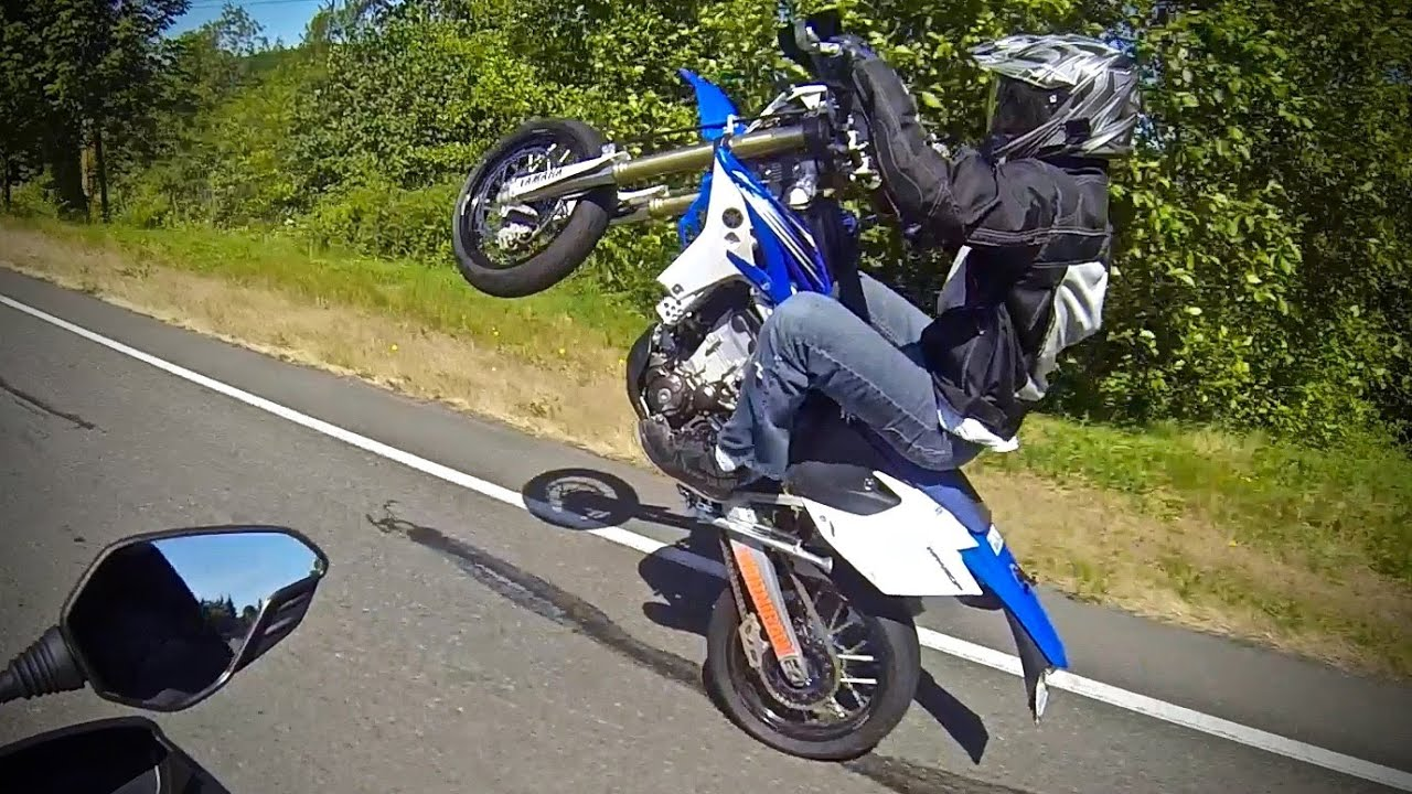 shenanigans on the way to ducati seattle on hypermotard. Black Bedroom Furniture Sets. Home Design Ideas