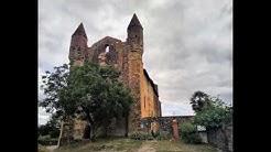 EGLISE de MAZERES sur le territoire de CASTELNAU RIVIERE BASSE datant du XII ème siècle