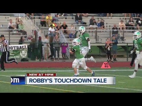 High School Football Manager With Down Syndrome Scores TD, Mother With Terminal Illness Watches