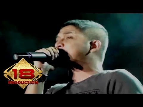 Ungu - Seperti Bintang (Live Konser Salatiga Sumut 14 September 2013)